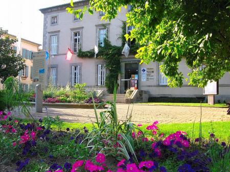 Visite de la maison des mémoires et du catharisme à Mazamet