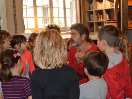 Rencontre à Carcassonne avec un chevalier du XIIIème siècle - avec écoliers_C°ILC