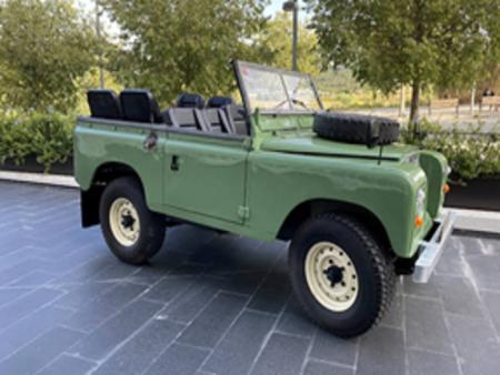 Visite Prestige - Visite des vignes et des différents terroirs en Land Rover 1975