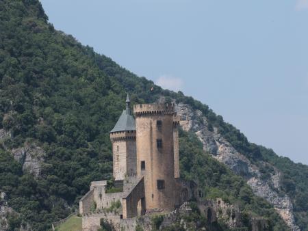 Découverte de 3 Grands Sites de l Ariège Montségur Foix et la grotte de Niaux - Château de Foix_C°Sudfrance.fr
