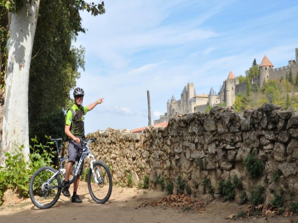 Circuit Insolite : Carcassonne à deux roues