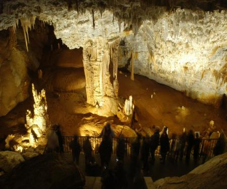 Carcassonne, abbaye et grotte