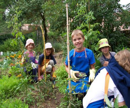 Activités jardinage, cuisine bio, bricolage et environnement en Aveyron